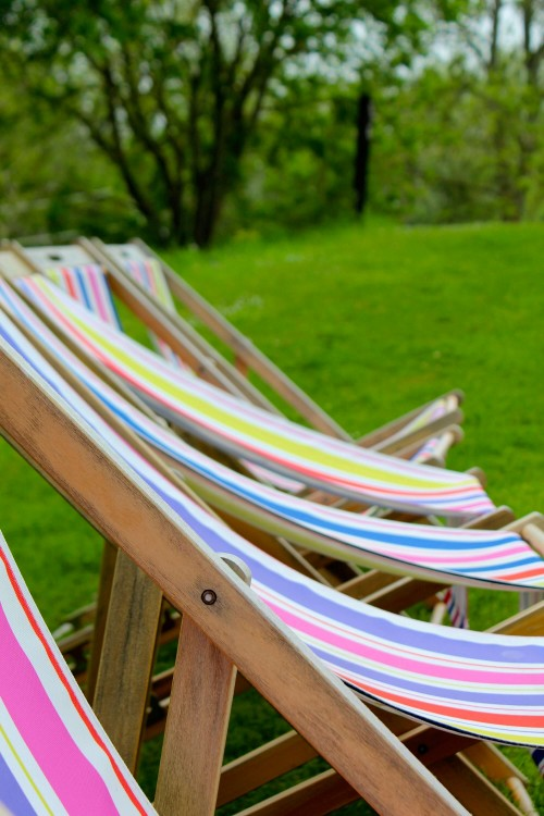 English-Deck-Chairs-Cotswolds.jpg